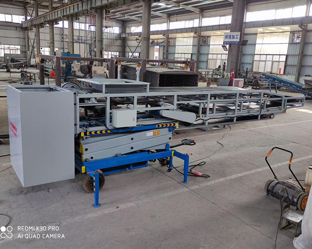 belt conveyor loader folded
